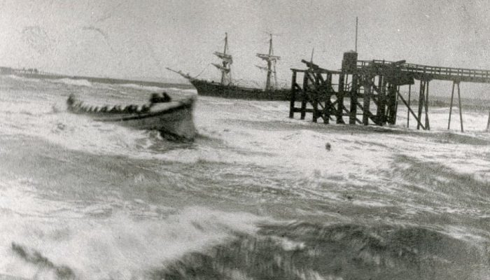 The Early Development of Maritime Rescue in the United Kingdom: The Story of the Tyne Lifeboat Institution and Volunteer Life Brigades by Steve Landells